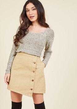 Simplistic Asymmetry Mini Skirt