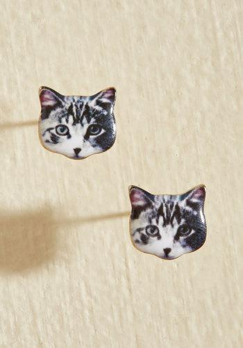 Best-Dressed in Show Earrings in Cat