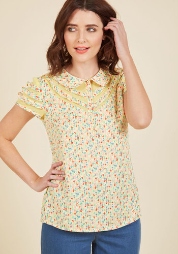 Vintage & Retro Shirts, Halter Tops, Blouses and more Cater to Your Quirk Top $49.99 AT vintagedancer.com