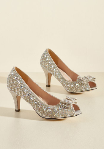 1960s Style Shoes All That Dazzle Heel in Champagne $44.99 AT vintagedancer.com