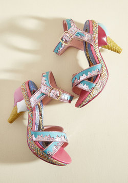 A Great Stepping Cone Heel