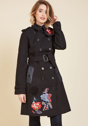 Vogue Vacation Trench