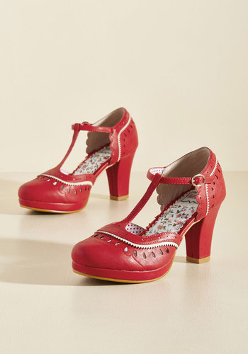Retro & Vintage Style Shoes Fact or Fashion T-Strap Heel $64.99 AT vintagedancer.com