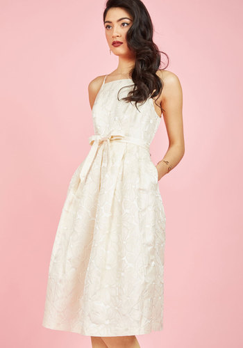 Vintage Inspired Wedding Dresses Penchant for Opulence A-Line Dress in Ivory Daisies $139.99 AT vintagedancer.com