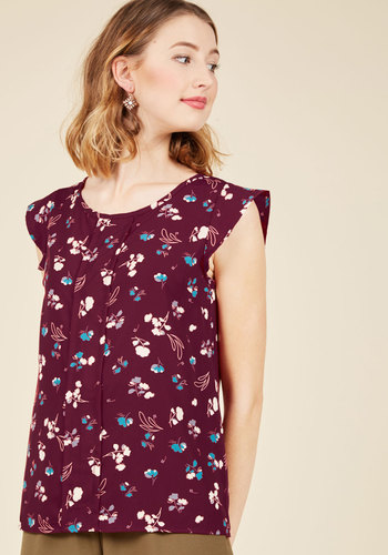 Star of the Seminar Floral Top in Windswept Petals