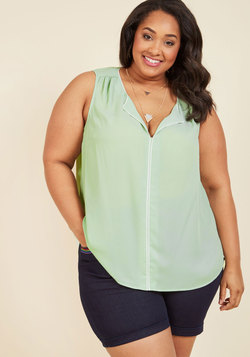 Podcast Co-Host Sleeveless Top in Mint