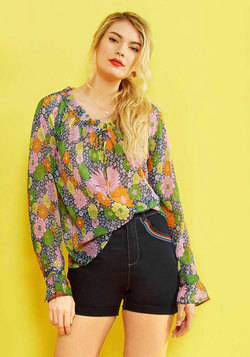 Proven Groovy Long Sleeve Top