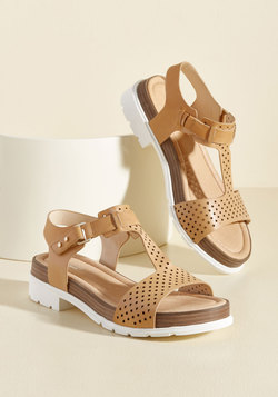 Good-Natured Glam Leather Sandal in Sand