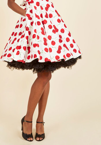 Vintage Inspired Lingerie Va Va Voluminous Petticoat in Black - Short $52.99 AT vintagedancer.com
