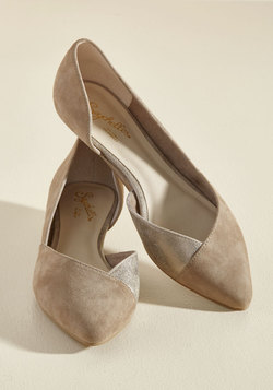 Advantage Suede Wedge in Taupe