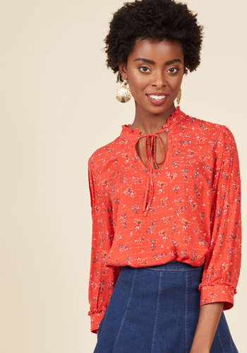 1930s Style Tops, Blouses & Sweaters Rustic Radiance Top in Floral $49.99 AT vintagedancer.com