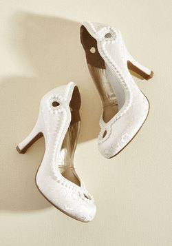 Skip to My Luminous Heel in Ivory