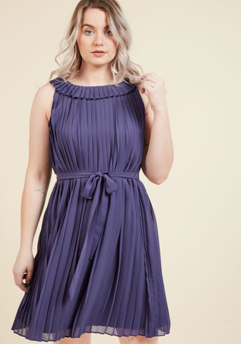 The Best of Your Brio Shift Dress in Indigo in S