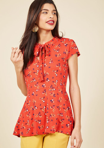 1930s Style Tops, Blouses & Sweaters Feeling Feminine Knit Top in Red Floral $39.99 AT vintagedancer.com