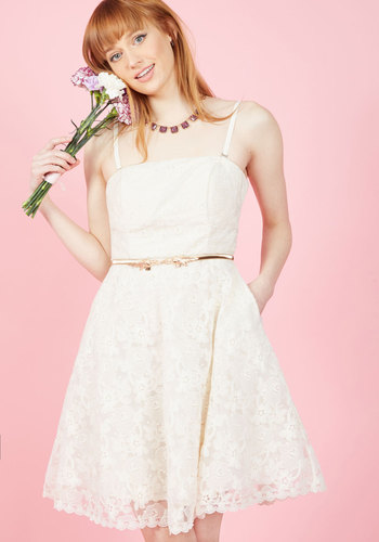 1960s Style Wedding Dresses Display It With Sweets Lace Dress in Ivory $175.00 AT vintagedancer.com